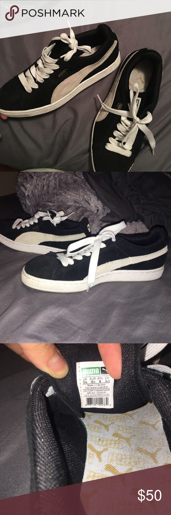 Black & white suede Pumas 9.5/10 condition ! pumas suede ! very comfy. True to size! PUMAS Shoes Sneakers