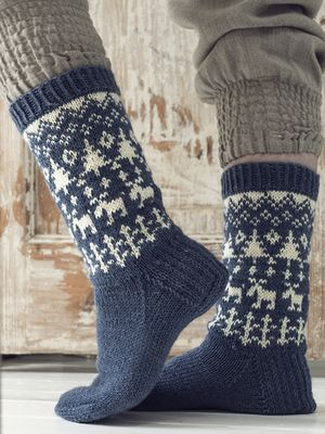 Forest Tour-kirjoneulesukat Novita Nalle yarn, sock Magazine 2015