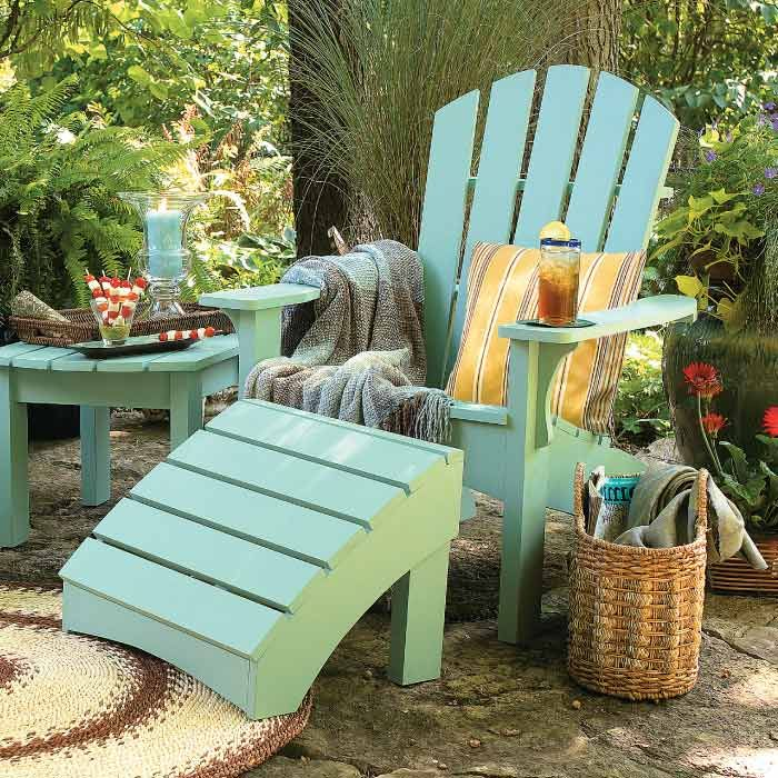 Love the Cool and warm colours in the chair and the rug  Looks very comfy    Painted Garden FurniturePainting Patio FurniturePainted. 25  unique Painted outdoor furniture ideas on Pinterest   Chair