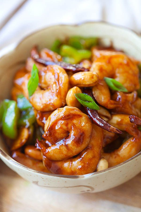 Kung Pao Shrimp - easy < 30 mins but MUCH better and healthier than regular Chinese takeouts | rasamalaysia.com