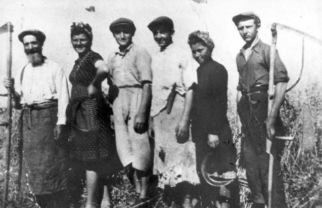 Poroszlo, Hungary, 1942, Jews engaged in farming. All were killed by Nazis