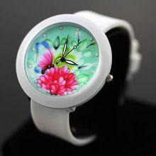 Più disegno casuale orologio donna e ragazza vigilanza del quarzo del silicone guardare orologi vestito da donna(China (Mainland))