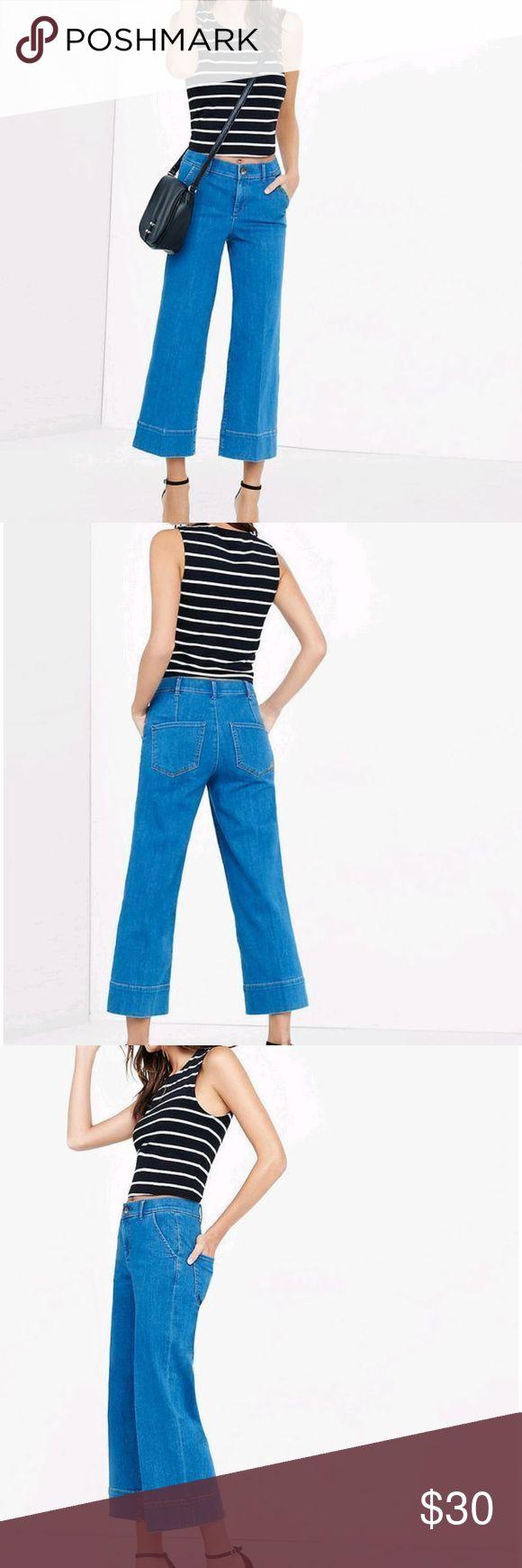 "EXPRESS Women's High Rise Wide Leg Crop Jeans 0R EXPRESS Women's High Rise Wide Leg Crop Blue Jeans Denim Size 0R Inseam: 25.5"" Express Jeans Flare & Wide Leg"