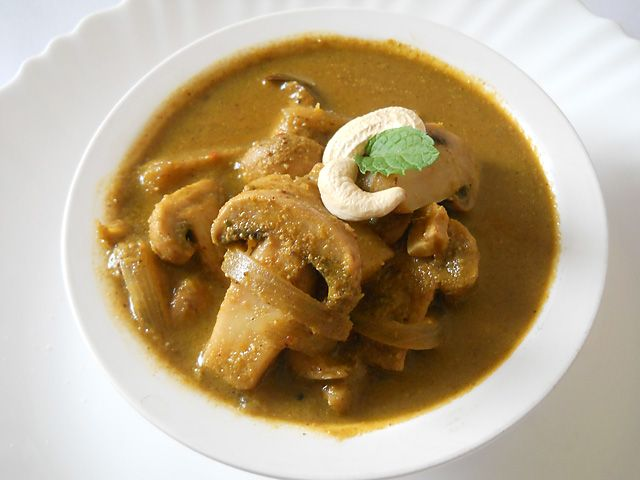 Mushroom Cafreal RecipeChicken Cafreal, Mushrooms Cafreal, Green Sauces, Indian Spices, Cafreal Masala, Indian Food, Food Recipe, Indian Recipe, Cafreal Recipe