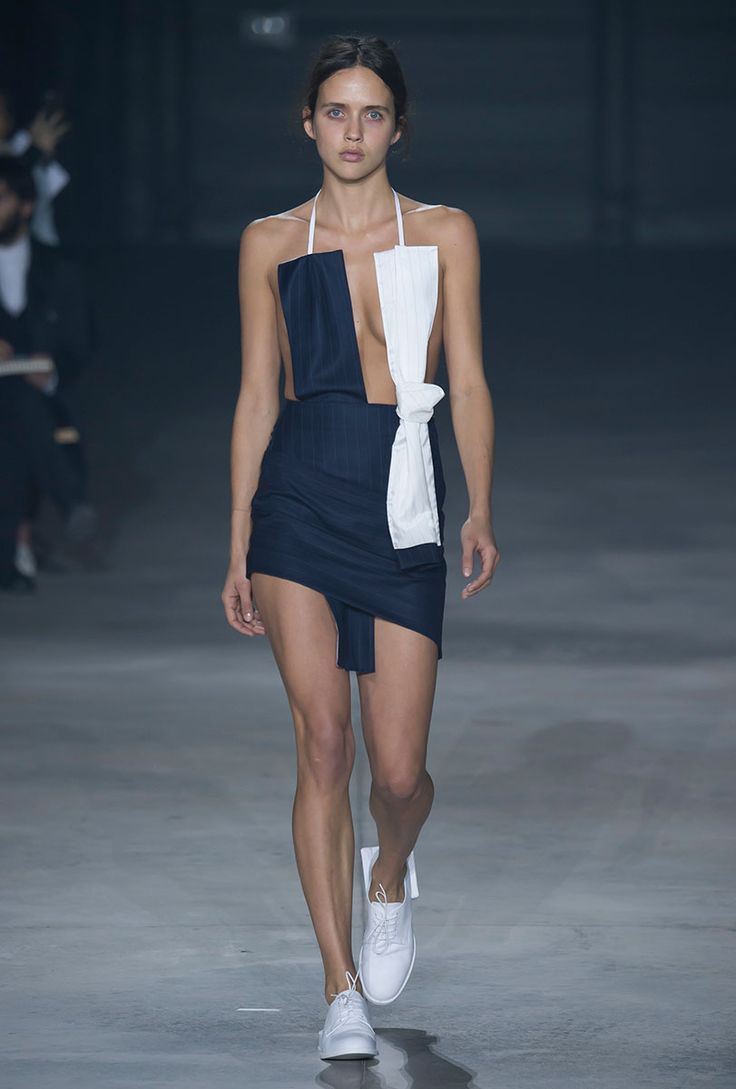 sandra model pissing See all the runway and model photos from the Jacquemus Spring 2016  Ready-to-Wear collection.