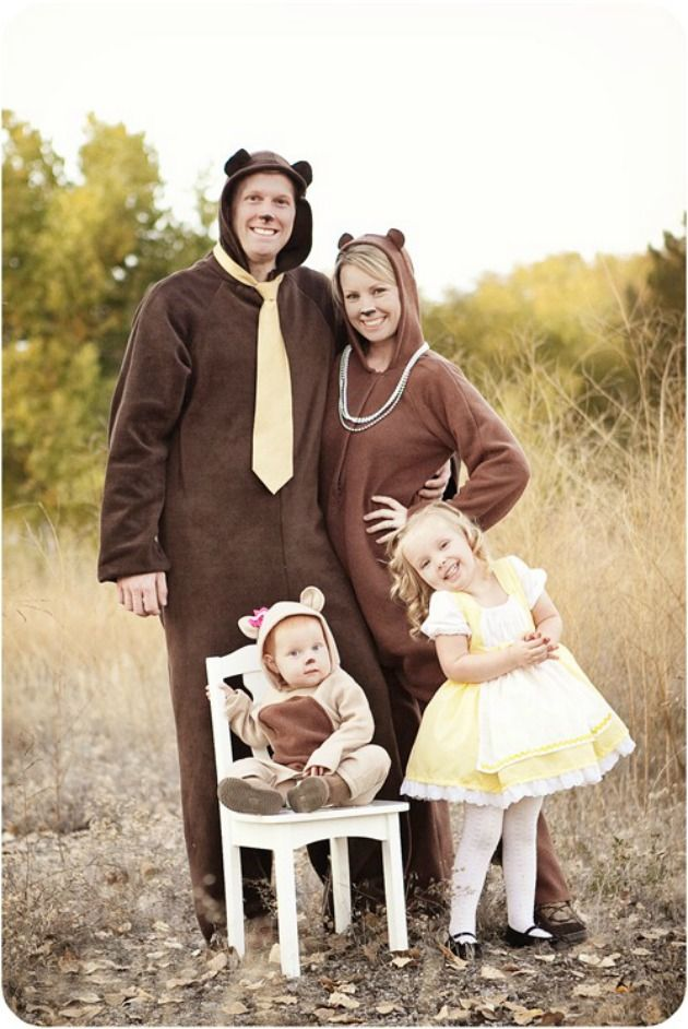 Cute Goldilocks and the three bears costume idea for a family!  10 Adorable Infant Costumes: Baby's First Halloween Ideas - super cute, and a ton of them are easy and cheap DIY creations. Great Halloween Costumes for the whole family, boys and girls. Great if you need to go to a costume party with a baby.