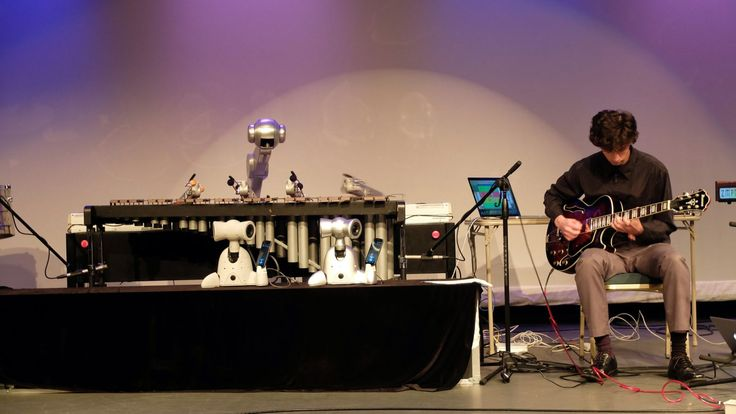 A four-armed robot named Shimon can now improvise music as well as human bandmates — Quartz