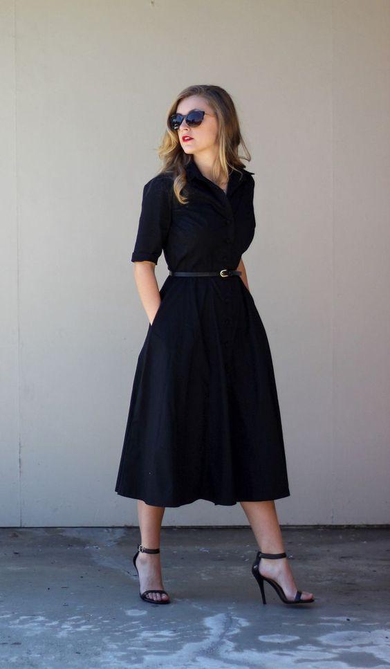С успехом продолжат ряд эпитеты «мило», «нежно», «чувственно»… Возможно, этот эффект, прежде всего, и вдохновил легендарную Коко Шанель на создание модели, которая известна миру под названием «платье-рубашка». Коко Шанель не была бы собой, если бы соблазнительный образ замышлялся как единстве