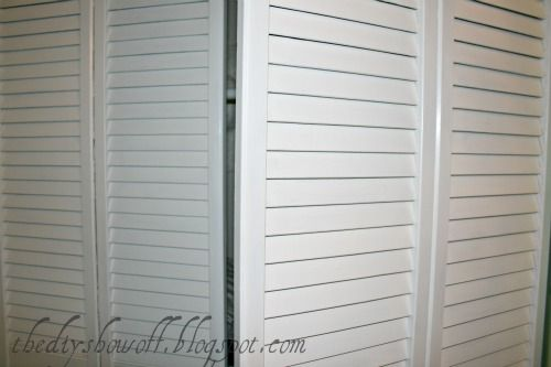 I love this blog day at the DIY Show Off! I finished up the bi-fold doors. Finally! Only they're not bi-fold doors anymore! Woo hoo! The doors before: The doors after (see tips on painting shuttered doors here): But they were still functioning as bi-fold doors. Bi-fold doors are a great space saver in hallways …