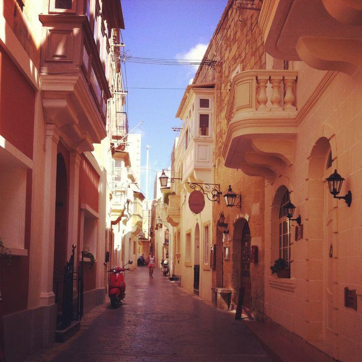 A street in St Gorg 's Rabat Gozo │ http://www.maltadirect.com/