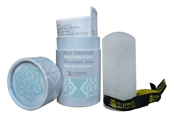 Pierre d'Alun Karawan: apaise le feu du rasoir, cicatrise les petites coupures et neutralise les odeurs de transpiration.