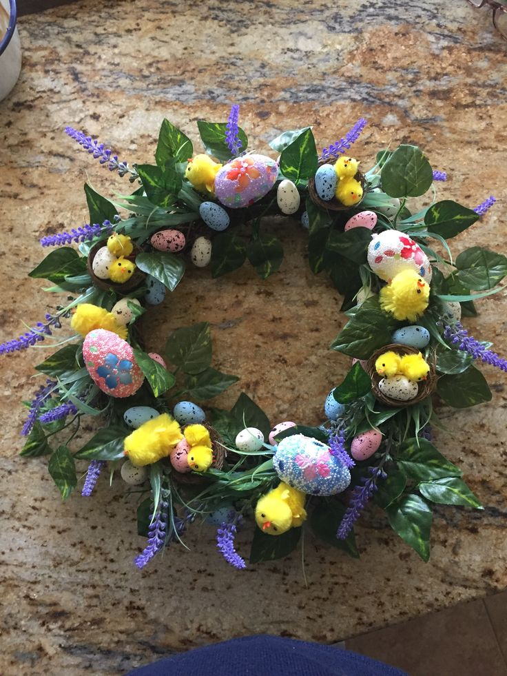 Artificial Easter table decoration or Easter wreath 😊
