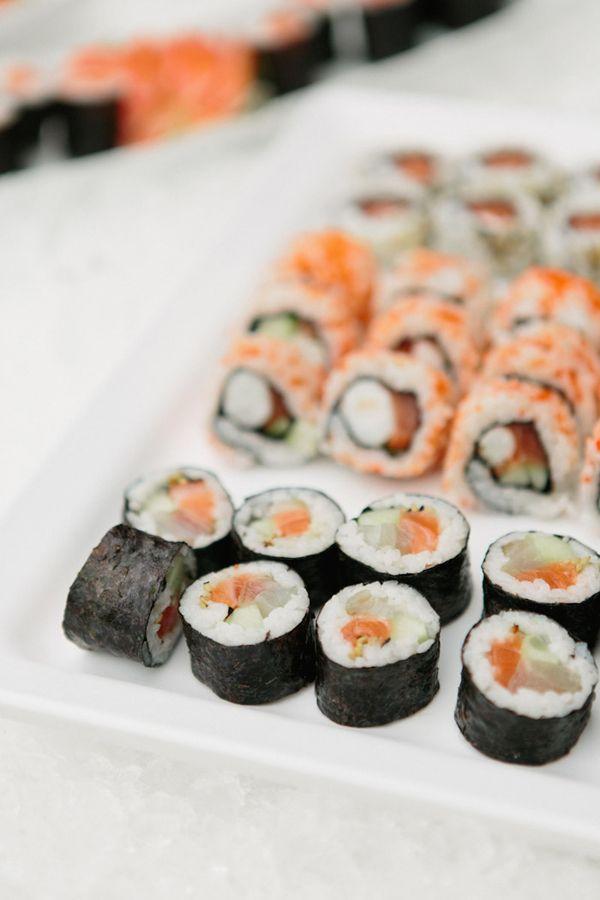 wedding chicks - real wedding - elegant portugal wedding - food & drink - food - seafood - sushi