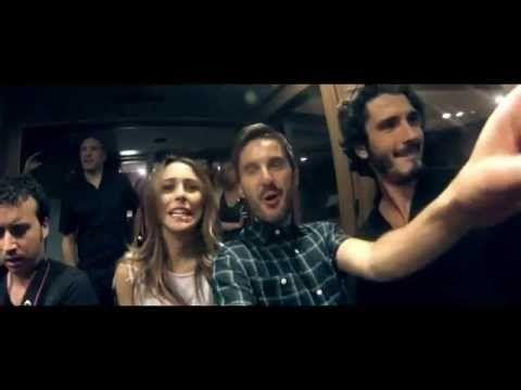 """Perdiendo el Norte - Videoclip """"Mi Querida España"""" con Kiko Veneno y Rozalén - versión corta HD - YouTube"""