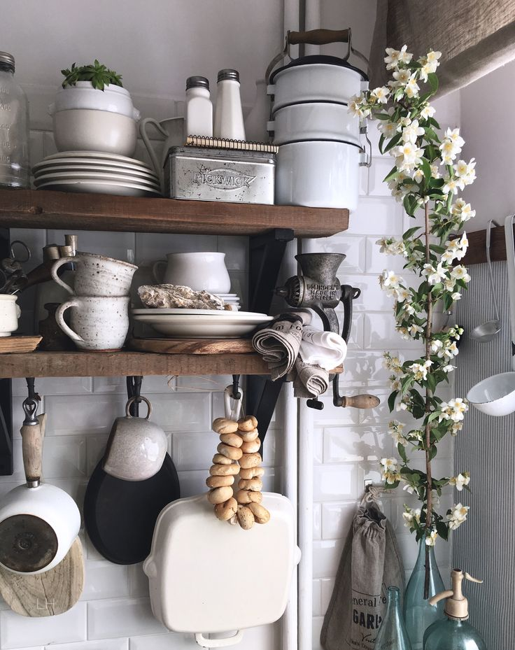 Vintage kitchen,instagram lavien_home_decor