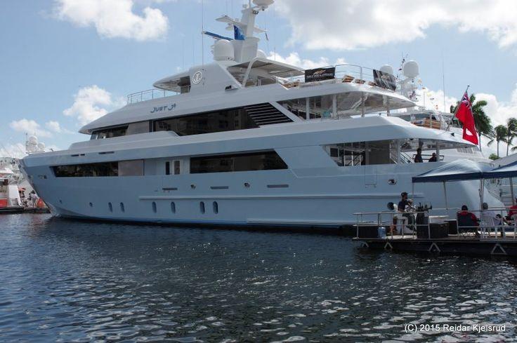 Fort Lauderdale International Boat Show: Amerikanske muskelbunter på rekke og rad - Båtmagasinet.no