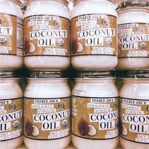 Do you feed your dog coconut oil? If so, awesome! If not, you should definitely consider it. Here's why: The cost is low. The risk is zero. And the potential benefits are enormous.  Five reasons why you should add coconut oil to your dog's diet:  1) It improves overall skin health - It clears up skin conditions such as eczema, contact dermatitis, hot spots and itchy skin. It kills fleas, ticks an...d even the dreaded mange, plus coconut oil eliminates dog odor!  2) Weight control - coconut…