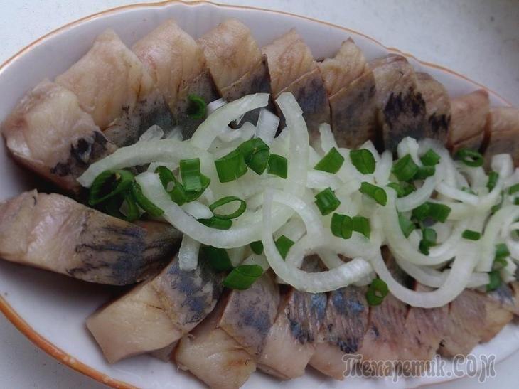 Ещё один рецепт приготовления сельди, который я повторила, в этот раз Натальи Калниной.https://prigotovimvkusno.com/1129427606397258391/z...Очень вкусная селёдочка получается, буду теперь постоянно та...