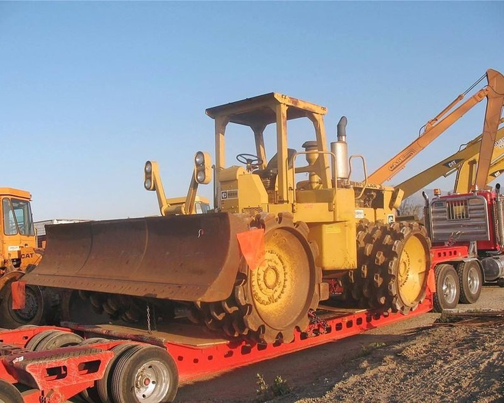 Caterpillar 825B padfoot compactor from National
