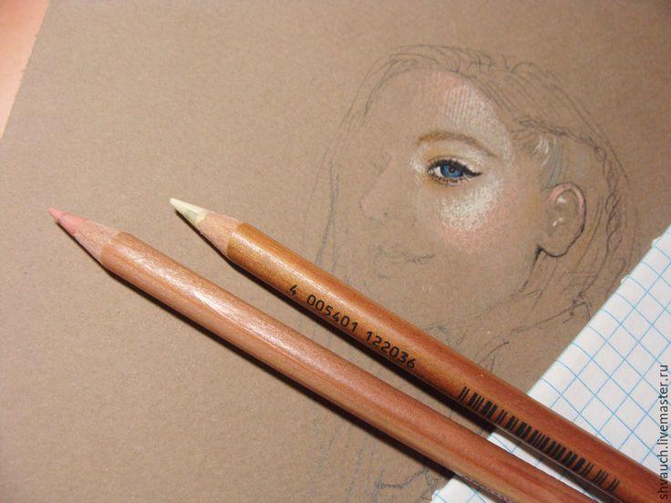 Для работы нам понадобятся: - бумага для рисования тонированная (либо пастельная бумага); - пастельные карандаши; - простой карандаш; - клячка; - белая гелевая ручка; - ватные палочки. Ну, и конечно же, исходник — мне таковым послужило фото актрисы, звезды сериала Mr.Robot — Portia Doubleday из свободного доступа. 1. Подбор материалов. Это, пожалуй, один из важнейших этапов работы в любой области.