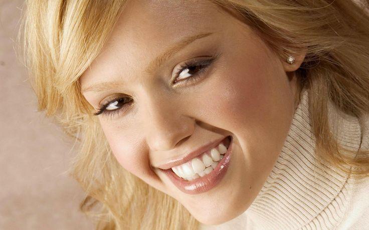 Exista zambetul perfect pentru fiecare dintre noi?  Da, pentru ca fiecare persoana are o percepție diferită a frumusetii. De aceea este important să descoperi ceea ce iti place cu adevărat și apoi să-i comunici medicului tau dentist.  - 0723.726.125 / 031.805.9027 / contact@gentledentist.ro