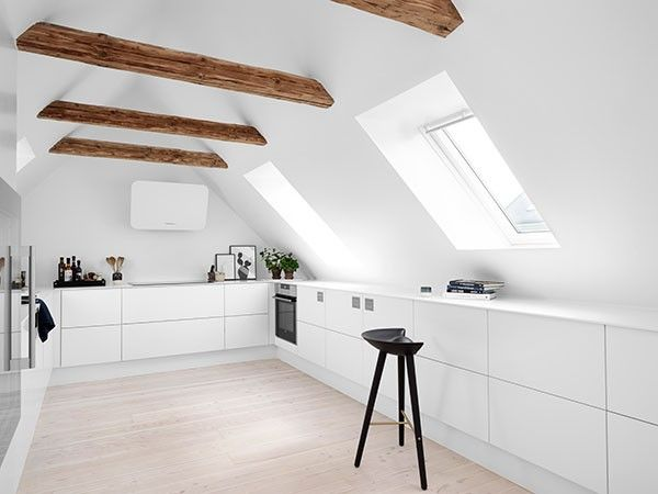 Styling by Rikke // that nordic feeling - kitchen with a Nordic twist. Using by Lassen's ML42 stool designed by Mogens Lassen in 1942.