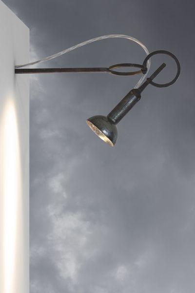 Wandleuchten - Wandleuchte Wandlampe ioom, Stahl geschmiedet - ein Designerstück von michapeteler bei DaWanda