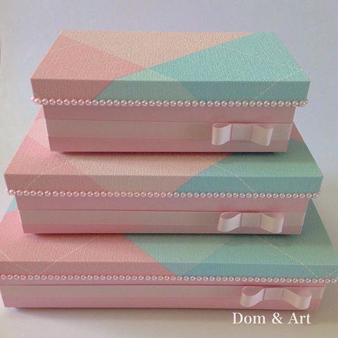 Bom dia segunda!!! Conj. de caixas revestidas com papel de parede.