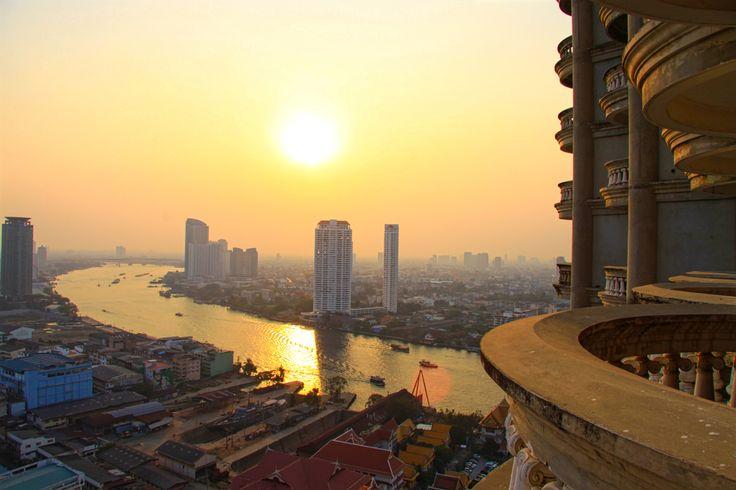 Le coucher de soleil du haut de la Ghost Tower / Sunset from the top of Ghost Tower | Bangkok, Thaïlande