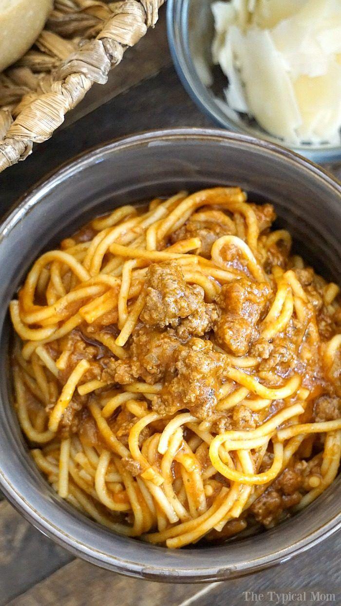 Una olla de espaguetis Pot instantánea es una de nuestras comidas favoritas y hecho en tan sólo 15 minutos, incluyendo el tiempo de preparación!  Una buena presión de recetas para cocinar pasta!