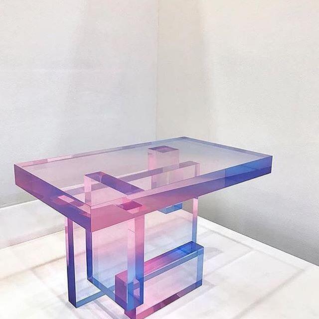 #Repost @saero__me  new crystal series #saeromyoon #design #table . . . #table #pink #blue #glass #minimal #design : @moco_loco