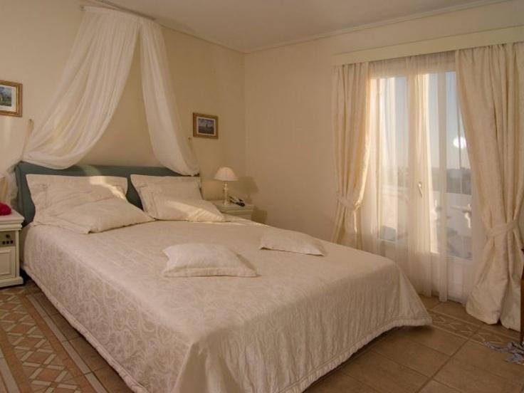 Porto Naxos Superior Room : the sun will give you a kiss goodmorning  #portonaxos #sun #kiss #goodmorning