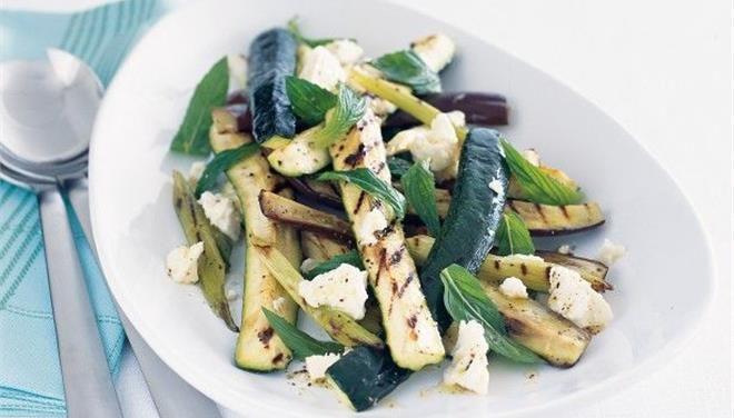 Λαχανικά με φέτα και δυόσμο στο γκριλ - Τι θα φάμε σημερα - Τα Νέα Οnline