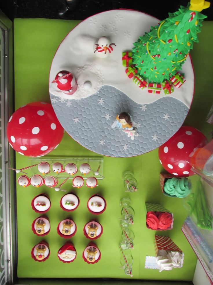 A letter to Santa -  Cake Design shop window display | Arte&Bolos, rua 5 de Outubro, Funchal