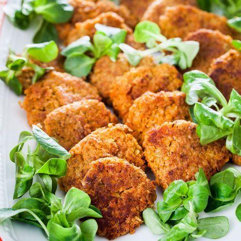 Ett underbart vegetariskt recept på smakrika morotsbiffar. Servera till pasta, ris, bulgur eller en stor och härlig sallad.