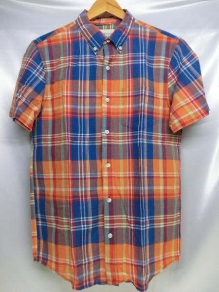 DENIM&SUPPLY RALPH LAUREN 総柄S/Sシャツ ブランド名 DENIM&SUPPLY RALPH LAUREN ランク付け 状態 DENIM&SUPPLY RALPH LAUREN 総柄S/Sシャツです。 着用感ありますが、目立つ汚れや傷はありません。 素材:コットン100% 表記サイズ S 実寸サイズ 着丈75cm 身幅 50cm 袖丈 23cm 肩幅 44cm ※多少の誤差はご容赦ください カラー オレンジ系 店舗