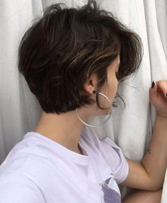 Short hairstyles Bob haircuts Shoulder Length haircuts Medium Length hairstyles