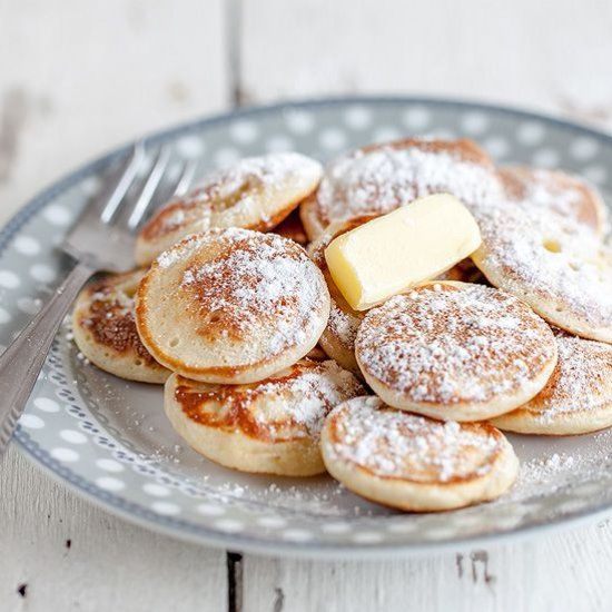 What's not to love about pancakes? Especially these Dutch mini pancakes, in Holland we call them poffertjes.