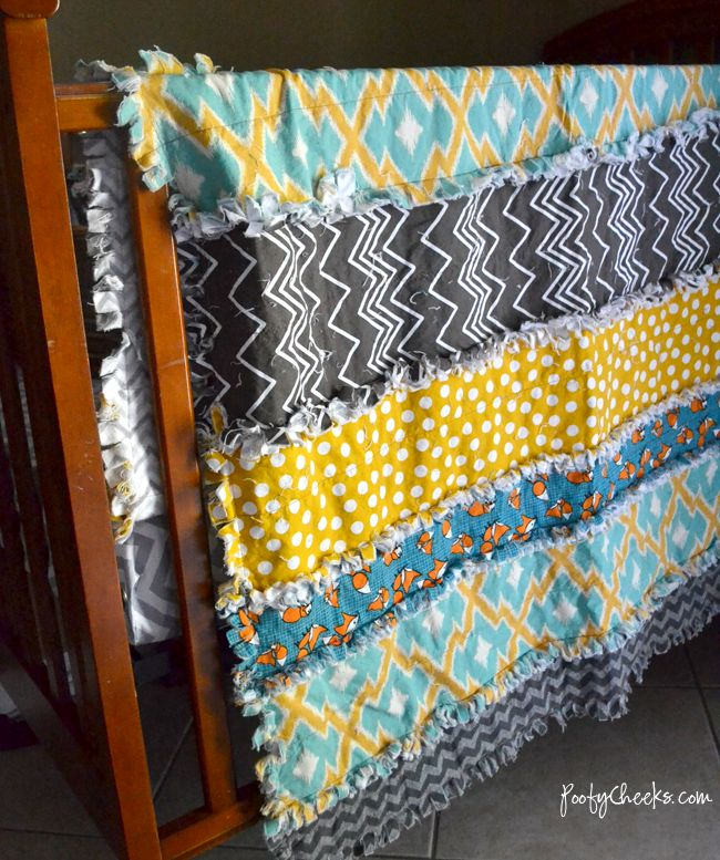 Easiest Fabric Strip Rag Quilt Tutorial http://www.poofycheeks.com/2014/05/easiest-rag-strip-crib-quilt-tutorial.html?m=1