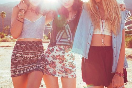 hipsterHipster, Fashion, Friends, Summer Outfit, Crop Tops, Summer Style, Summerstyle, Summer Skirts, Summer Clothing