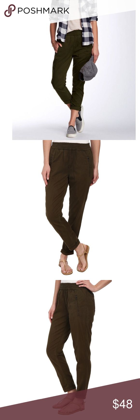 """7 For All Mankind Soft Pant Joggers 7 For All Mankind """"The Soft Pant"""" olive brown jogger like Pants. In excellent condition. Size 30 equal to a size 10. 26 inch inseam. Color is most like the stock photos. My lighting is not good in my own photos. 7 For All Mankind Pants Ankle & Cropped"""