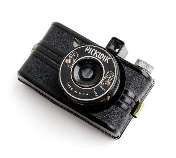 Vintage Pickwik Camera - 1940s Mini Black 50mm Early Plastic Camera / Tiny Candid Type Camera