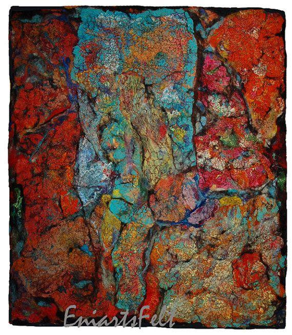 Ik willen schilderen met wol en andere textiel texturen voor de verschillende aard van de technieken. Dit kunstwerk is geïnspireerd van interessante textuur en de kleuren van de roest. Ik heb het in techniek NAT vilten en vrije beweging borduurwerk. Materiaal: wol (een onderdeel van welke hand gekleurd), zijde vezels en draden, stukjes stof. Het vilt schilderijen zijn gemaakt traag en moeizaam. Het vereist enige kennis en ervaring op het gebied van schilderkunst. Passeren verschillende…