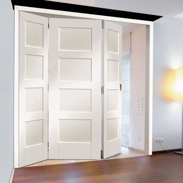 Great Freefold White Shaker 4 Panel Style Folding 3 Door Set, Height 2090mm,  Width 1890mm