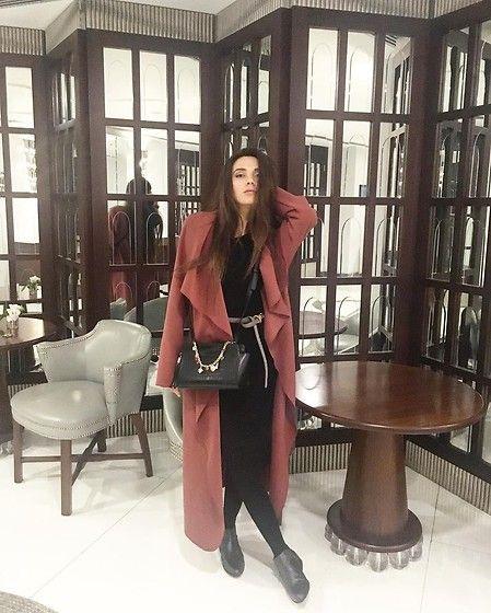 More looks by Madina Mingazirova: http://lb.nu/madinamingazirova