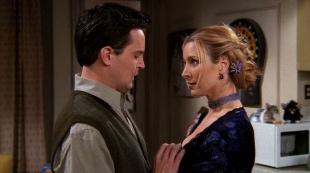 """The One Where Everybody Finds Out"" (Season 5, Episode 14) 