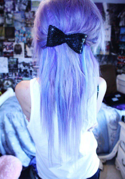Scene Girl Fashion Tip Nº16: Wear a cool bow tie in your hair