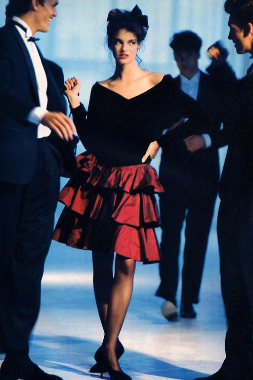 Linda Evangelista by Arthur Elgort for Mademoiselle magazine, November 1987, Clothing by Edina Ronay.