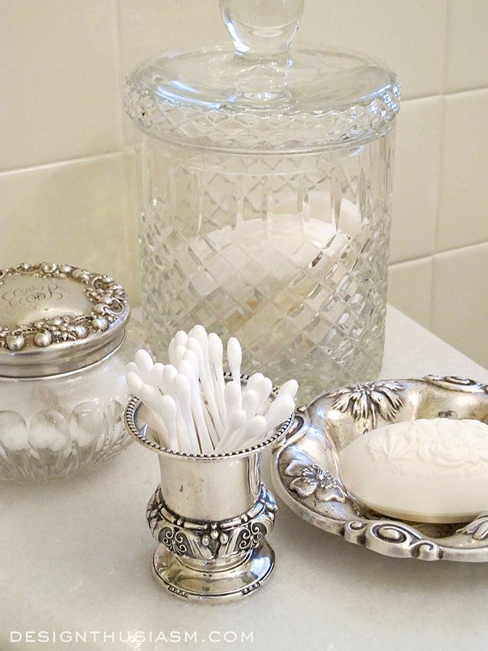 family house tour vintage bathroom accessoriesvintage