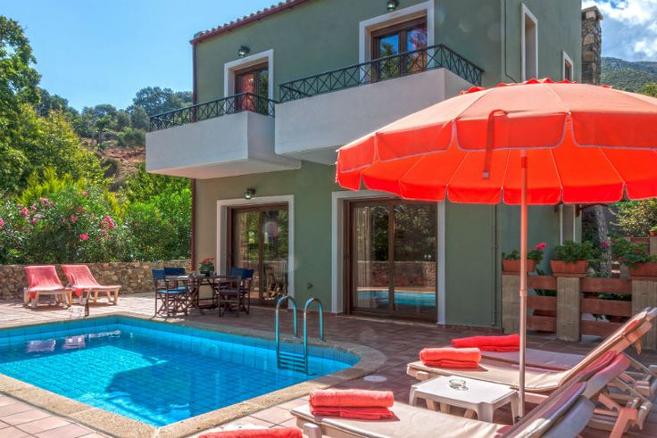 Holiday Villa With Private Pool Near Elafonissos